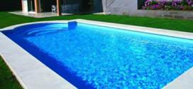 como limpar a borda da piscina